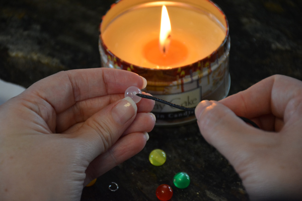 how-to-put-bead-on-jewelry-cord-6